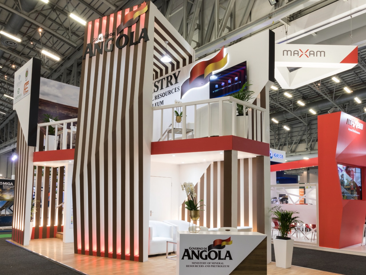 Exhibition Stand Builders Es : Exhibition stand booth builder exhibition design construction